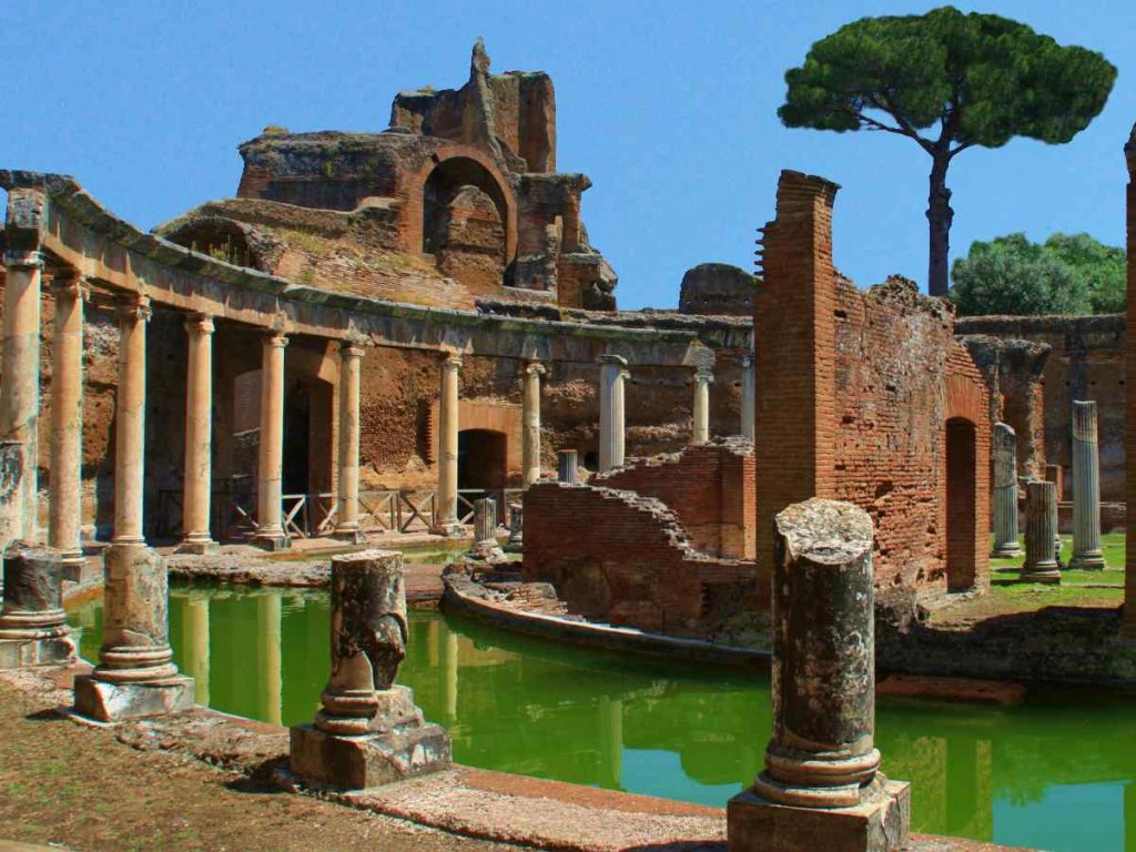 maritime-theater-tivoli-villa-deste-and-hadrians-villa-tour-from-rome